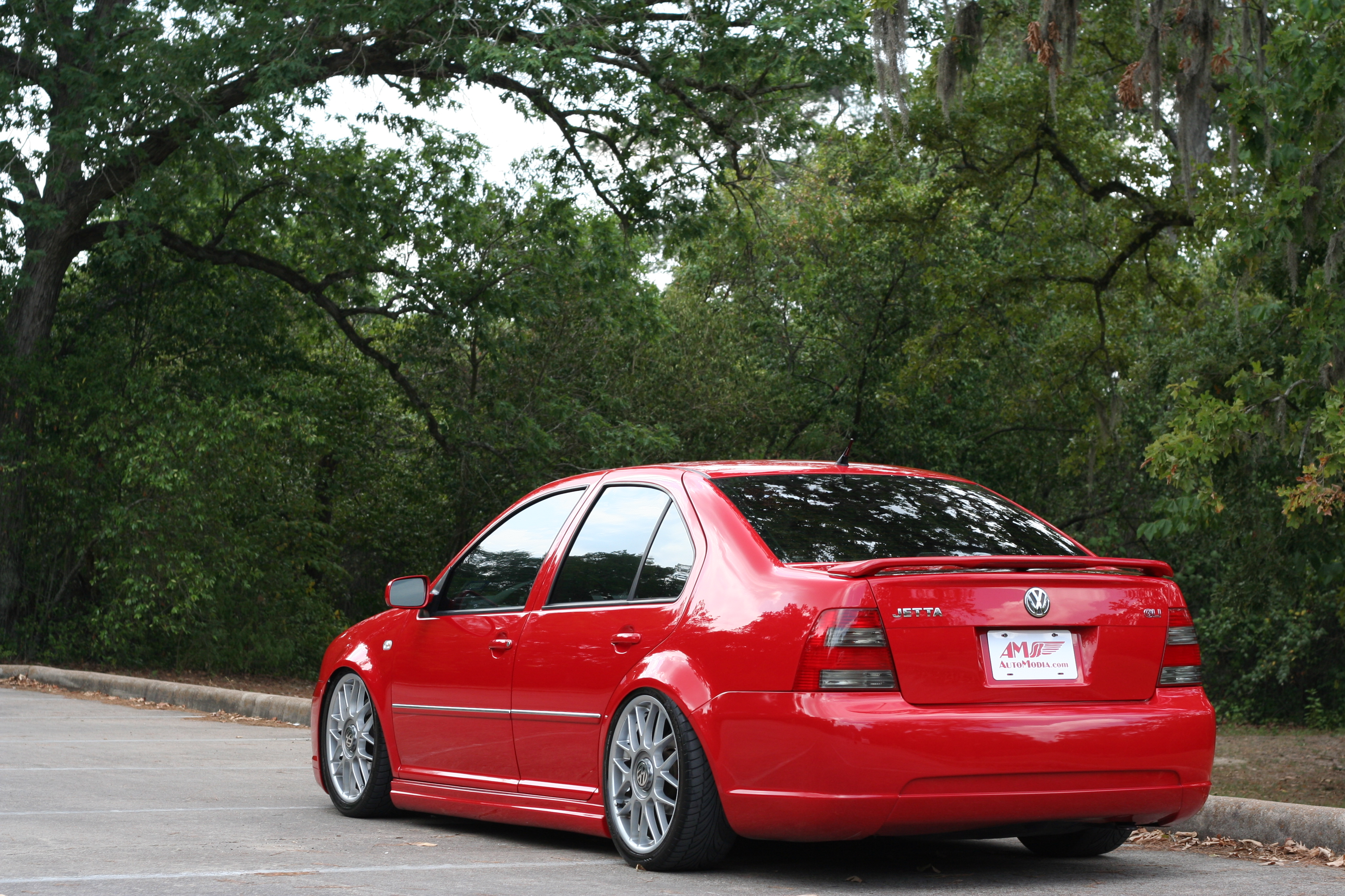 slammed 2000 vw jetta suspension with Nic Elizondos Lady In Red on Page 6 additionally Mk4 Jetta On Audi Wheels together with Showthread likewise Vw Polo Gti Launched together with 2013 Accord coupe.