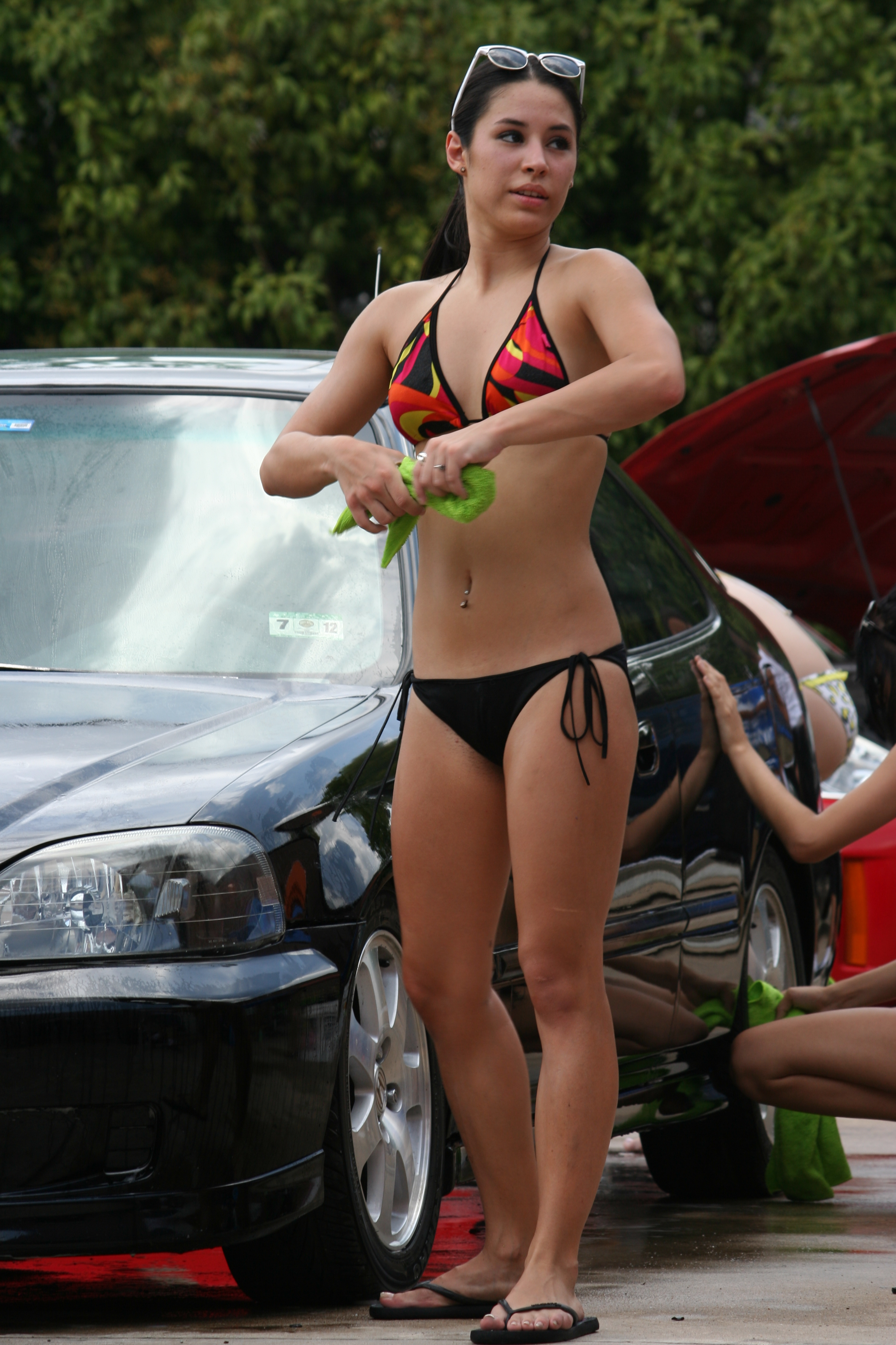 High School Bikini Car Wash http://automodia.com/tag/car-wash/